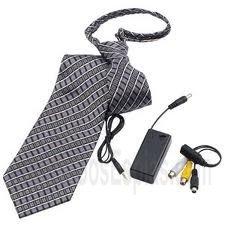 Camara corbata pinganillo examen